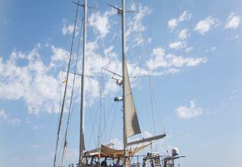 Agarimo 5 yacht charter lifestyle