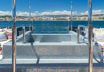 Gala yacht charter lifestyle