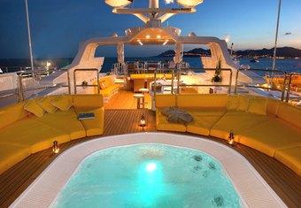 Platinum yacht charter lifestyle