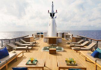 Menorca yacht charter lifestyle