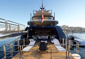 SaraStar yacht charter lifestyle