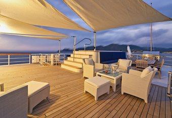 Seawolf yacht charter lifestyle
