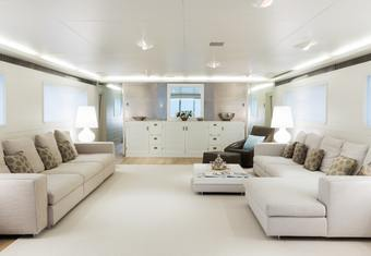 Be Cool² yacht charter lifestyle