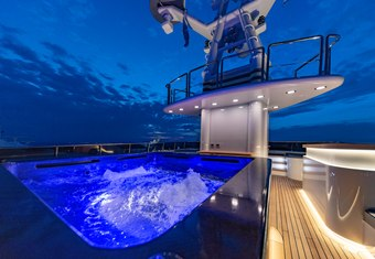 Invader yacht charter lifestyle