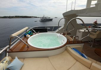 Smiling T yacht charter lifestyle