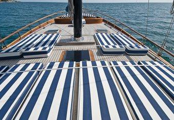 Santa Lucia yacht charter lifestyle