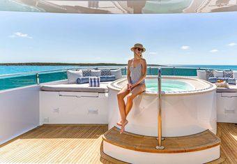 Mi Amore yacht charter lifestyle