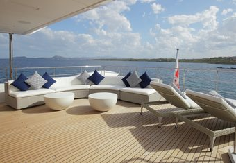 Willow yacht charter lifestyle