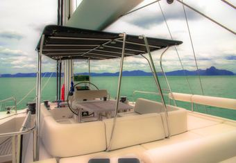 In The Wind yacht charter lifestyle