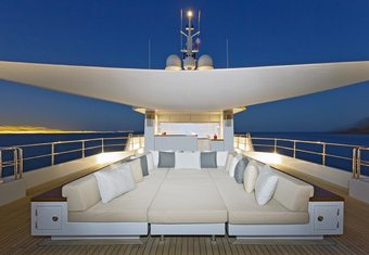 Preference 19 yacht charter lifestyle