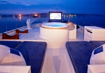 Victoria yacht charter lifestyle