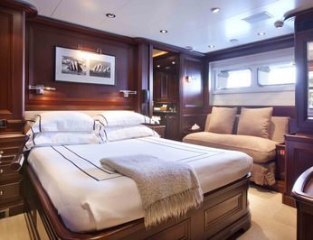 First Guest Stateroom - Seating