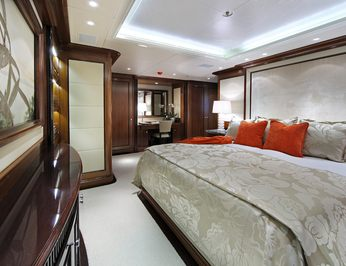 Red Guest Stateroom - Bed