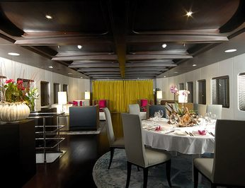Dining Salon - Overview