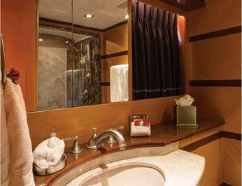 Guest Bathroom - Detail
