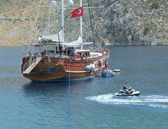 Kaptan Mehmet Bugra photo 53