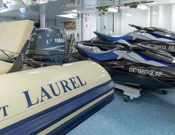 Laurel photo 41
