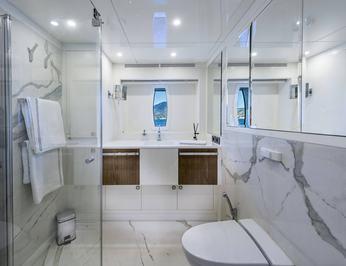 VIP Bathroom 2