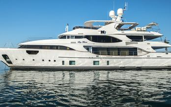 Soy Amor charter special offer
