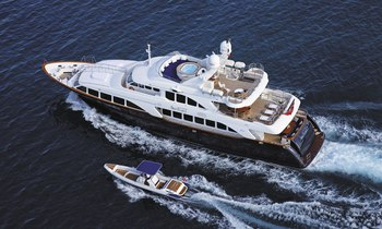 Superyacht 'SEABLUE'Z' Lowers Charter Rate