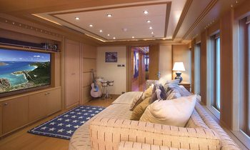 M/Y CAPRICORN Available in the Bahamas