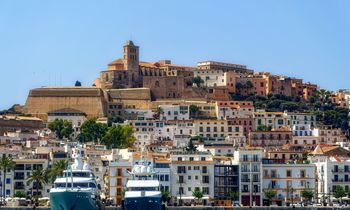 Yacht charter in Spain resumes today