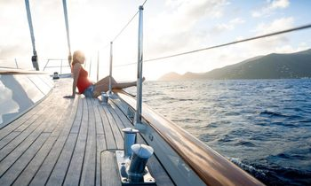 S/Y MARAE Open For A Christmas Charter Vacation