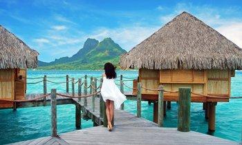 S/Y HEMISPHERE in Tahiti this Summer