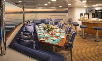 Christensen M/Y 'Lady Bee' Opens for the Holidays