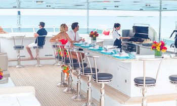 Discover Belize aboard M/Y 'Remember When' this Christmas