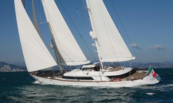S/Y ROSEHEARTY Expands Layout