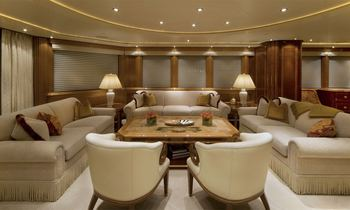 M/Y HARMONY Lowers Charter Rate