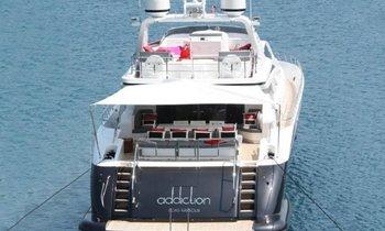 Addiction yacht joins charter fleet