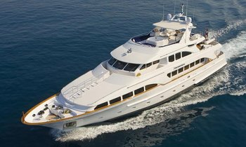 M/Y ENCHANTRESS Offers 10% Rate Reduction In The Mediterranean