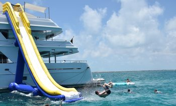 M/Y RHINO Offers Special Rate In The Bahamas