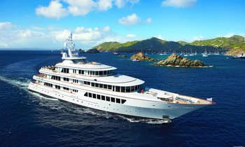 M/Y UTOPIA Offers Christmas Charter