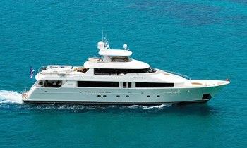 M/Y ARIOSO has charter gap this summer
