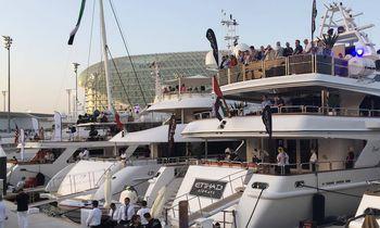Superyachts Flock to the Abu Dhabi Grand Prix 2016