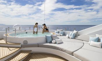 M/Y TURQUOISE Reveals Christmas Availability