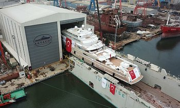 85m explorer yacht VICTORIOUS finally hits the water