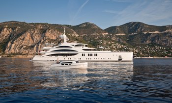 M/Y 11/11 offers special deal on Caribbean charters