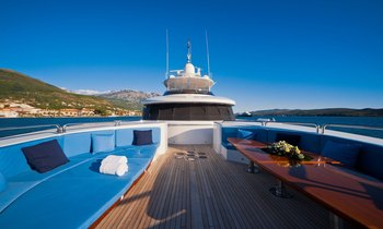 M/Y SPIRIT Reduces Rate For Australia Charter Vacations