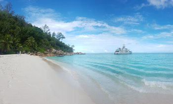 M/Y CLOUDBREAK opens for Seychelles yacht charter