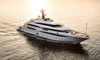 Celebrate the holidays aboard CRN M/Y 'Cloud 9'