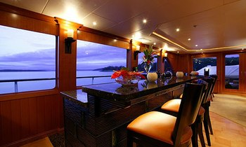 M/Y  'FOUR WISHES' Available in the Bahamas