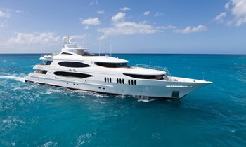 M/Y 'Mia Elise' Appearing At Palm Beach Boat Show