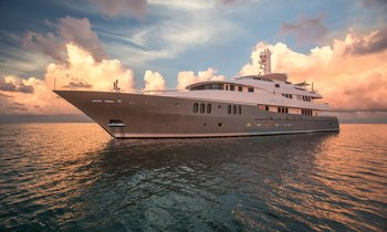 M/Y DREAM opens for holiday charters in Tahiti