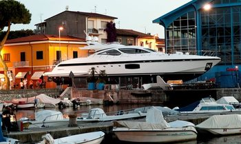 Mangusta 94 Series to Debut in Cannes