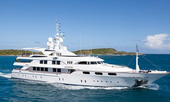 M/Y STARFIRE Newly Available for Christmas Charter