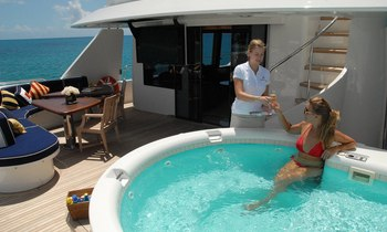 M/Y 'Dona Lola' available for Bahamas yacht charters